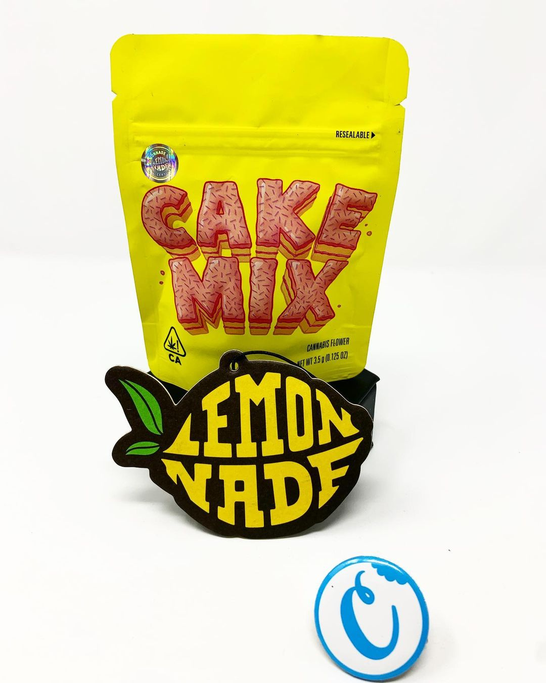 Buy Lemonade cake mix weed strain online